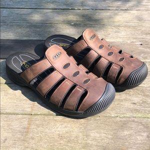 "KEEN ""Reisen Aruba""  Oiled Leather Slip-on Sandals"